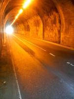 板小屋トンネル2