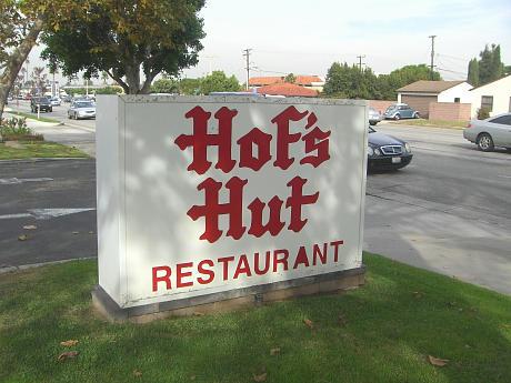 Hofs Hut