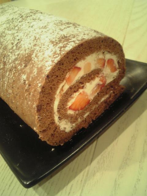 自作ロールケーキ