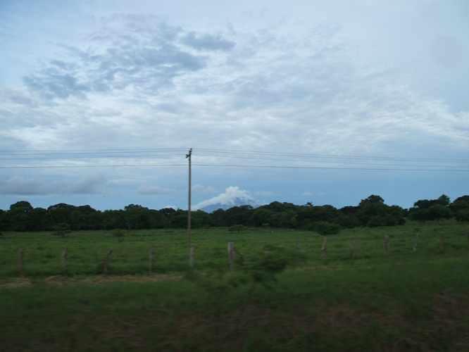 th_ニカラグアの国境に向けての道