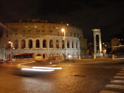 コロッセオ 夜
