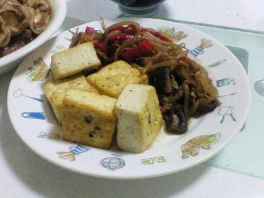 お豆腐( ゚Д゚)ウマー