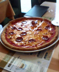 ピリ辛サラミのピッツァ