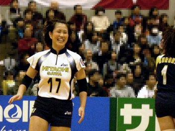 笑顔な亜季子さん。
