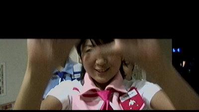降ろす千奈子さん。