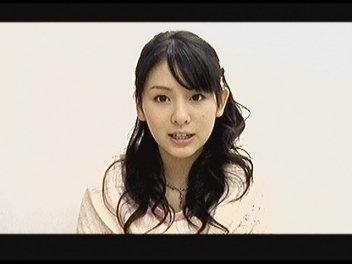 菅谷梨沙子誕生。