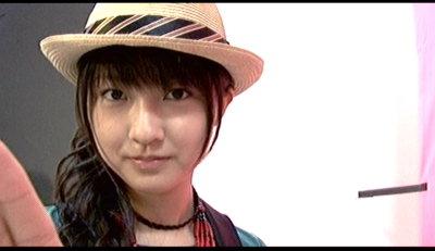 熊井友理奈誕生。