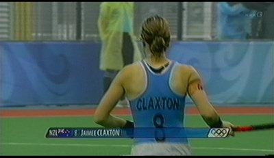 CLAXTON。