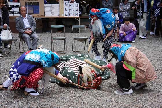 四社神社 神楽獅子2