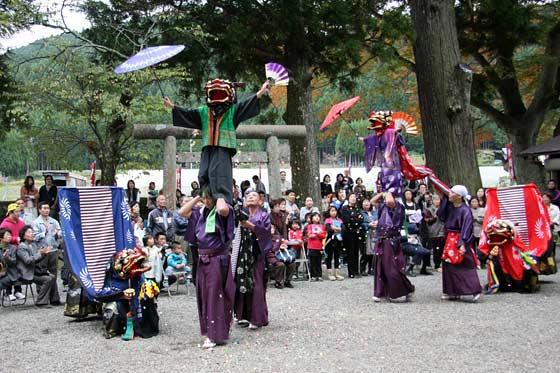四社神社 神楽獅子4