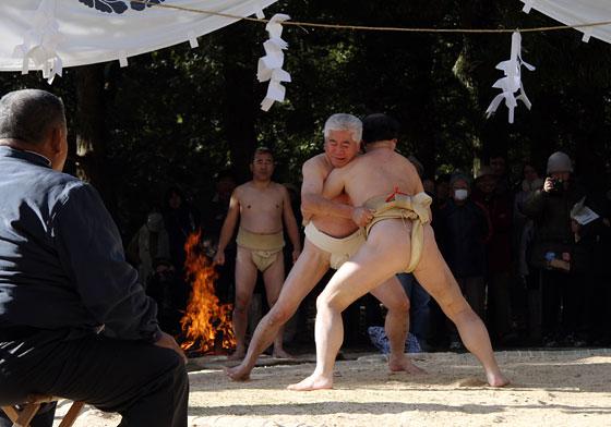 おん祭 相撲3