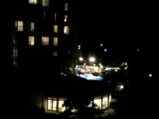 ホテルのプールサイド