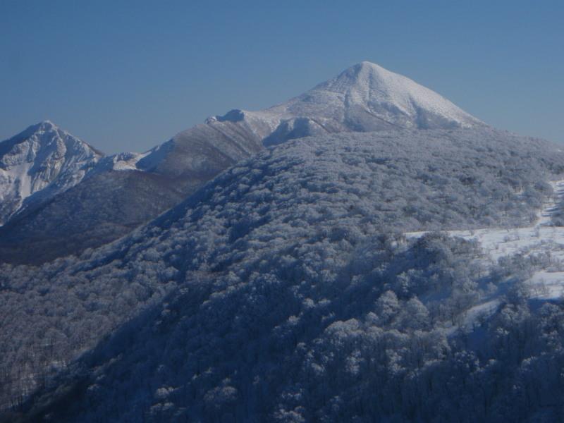 2009.01.28雄国山頂からの磐梯山