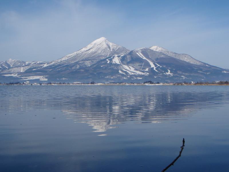 2009.01.29猪苗代湖の逆さ磐梯山