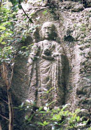 takisaka02滝坂地蔵拡大