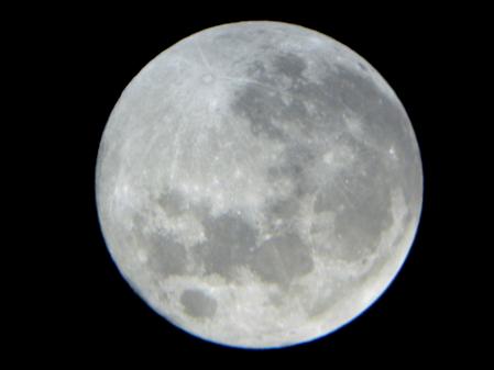 450-20051109115426129満月