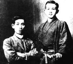 Kyosuke_Kindaichi_and_Takuboku_Ishikawa.jpg