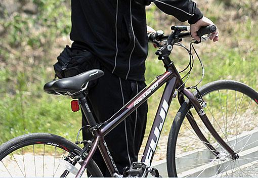 自転車到着!FUJI Absolute 3.0