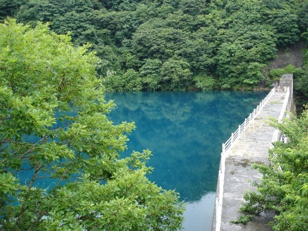 2006 07 16 瑠璃色湖Top.jpg