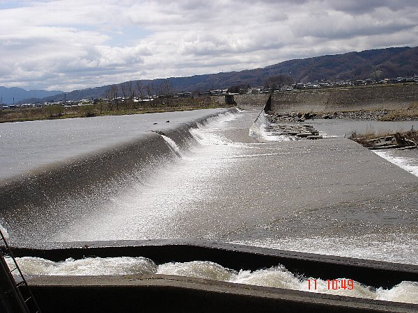 Top2008 04 11 堰堤