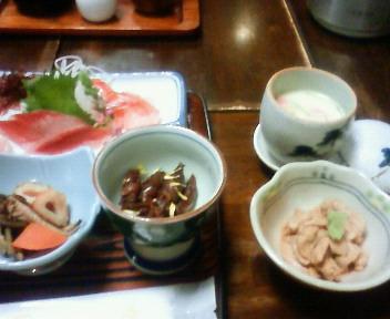 夕食 一人鍋:陶板焼を除く全景
