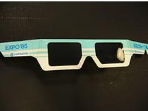 日立グループ館の立体映像観賞用3Dメガネ