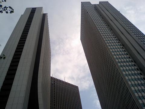 西口高層2