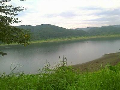 杜の湖畔公園