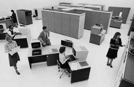 IBM3033.jpg