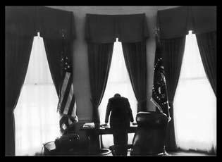 Kennedyincubancrisis.jpg