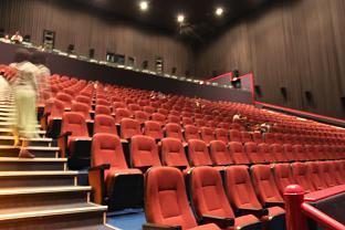 でかい映画館