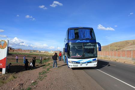 とまったバス