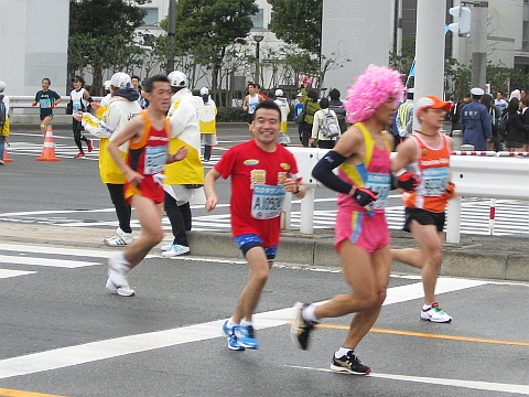 東京マラソン2009_猫ひろしさん