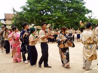 ボーイスカウト・ガールスカウトとカンボジア伝統舞踊.JPG