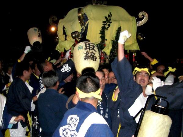 松山祭り 厳島神社 けんかみこし前
