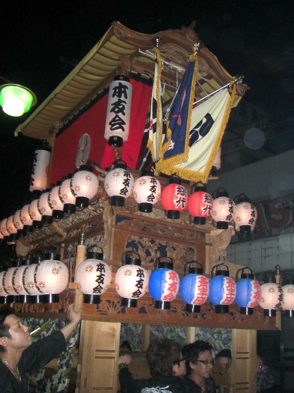 東予秋まつり統一運行 宵祭り 新地通りにて