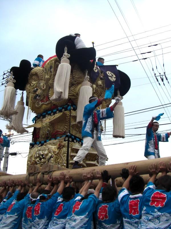 新居浜祭り 多喜浜駅前 かきくらべ