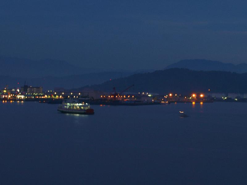 松山市三津浜港 夜景