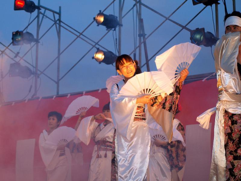 東温市 観月祭 2009年 横河原 河川敷