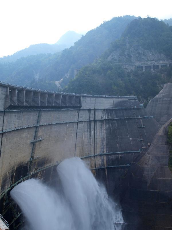 立山黒部アルペンルート 黒部ダム