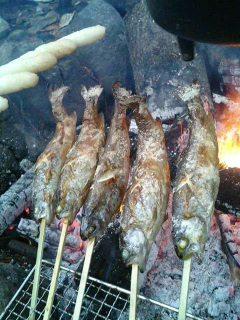 囲炉裏魚焼き