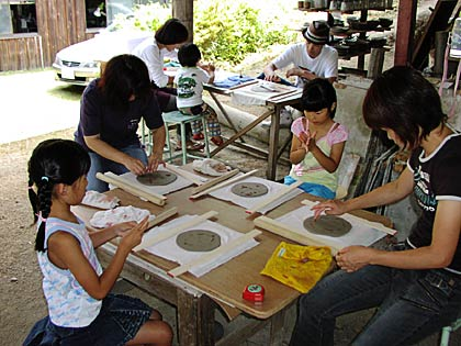 親子で陶芸体験1