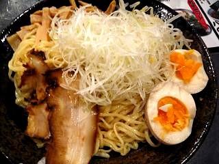 ばくだん本舗(麺)