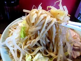 髭(チャーシュー麺ヲタ撮り)