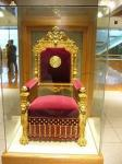 議事堂(天皇の椅子)