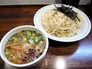 むらさき山(つけ麺大盛り)