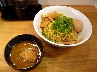 丸(つけ麺)