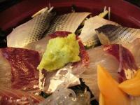 徳多和良(刺身丼3)