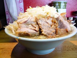 髭(チャーシュー麺1)