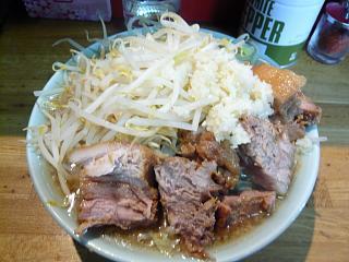 髭(チャーシュー麺2)